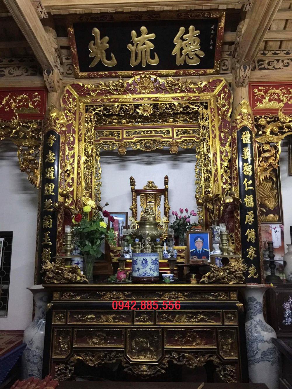 Gian thờ nhà cột 3