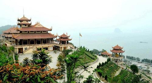 Chùa Cái Bầu (Quảng Ninh)