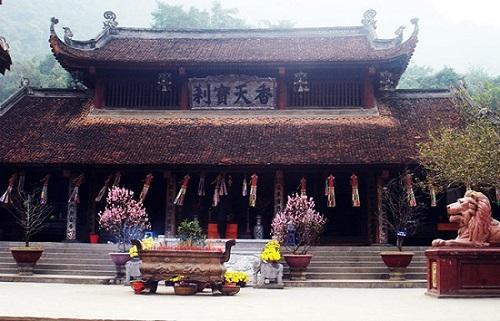 Hình ảnh ngôi chùa cổ